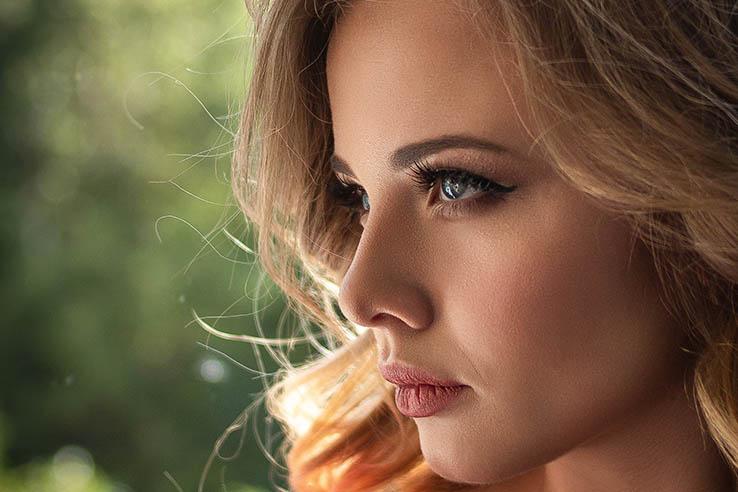 Find a beautiful Ukrainian lady on an international dating website
