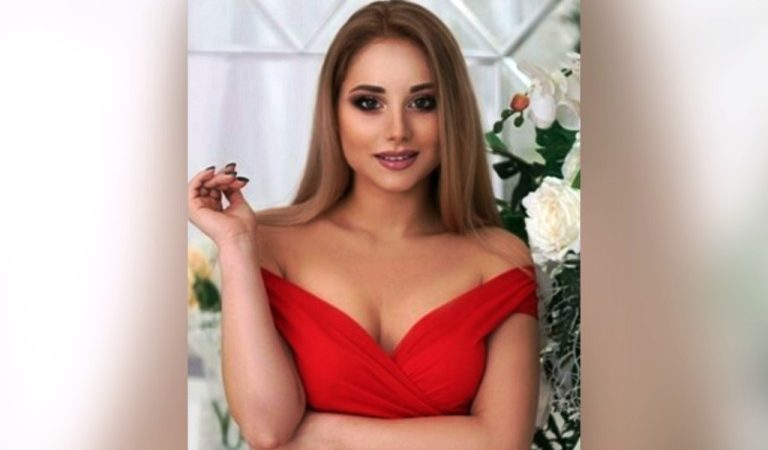 How to use body language when dating Russian and Ukrainian women